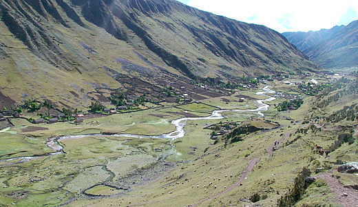Lares Valley - LaresTrek - TrekkingLares - Trek To Lares And MachuPicchu